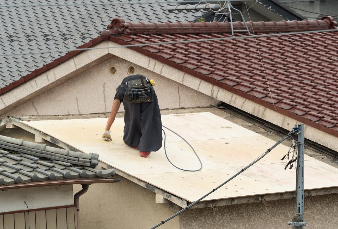 屋根リフォームの費用相場・安く抑えるポイント