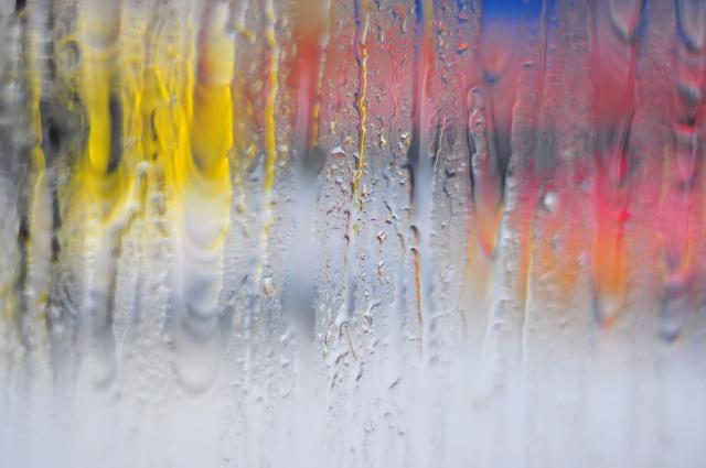 【冬の大敵!】窓の結露対策と有効な断熱リフォーム