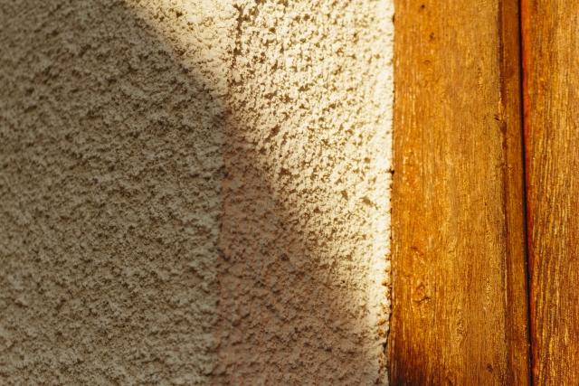 【外壁塗装】リシン仕上げとは?知っておきたい仕上げ材の種類