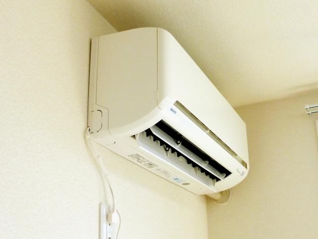 緊急事態!エアコン修理にかかる時間はどれくらい?