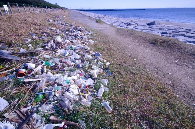 マイクロプラスチック問題とは?建築業界の取り組みをご紹介
